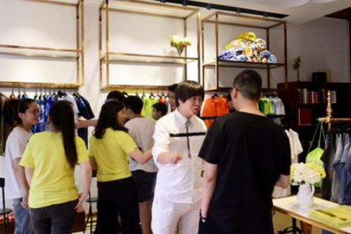设计师原创品牌【我乐意】把时尚创意变成商业模式