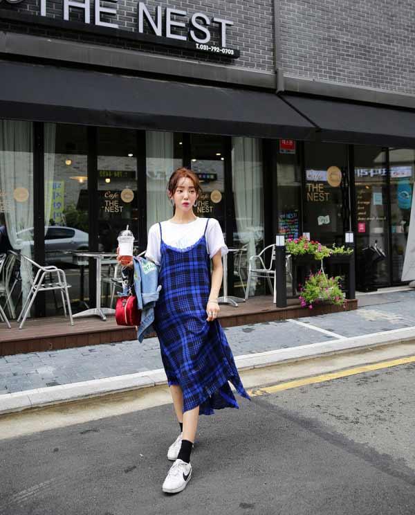 聚多品:格子连衣裙配什么鞋子 这四种搭配充满甜美又俏皮