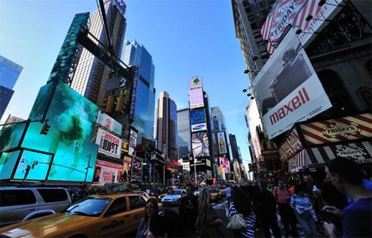 中国品牌日丹比奴席卷纳斯达克大屏 走出国门 放眼全球!