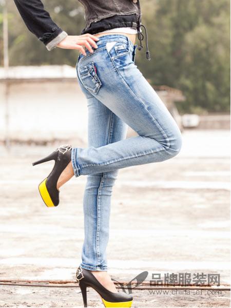 美酷思牛仔裤+高跟鞋 美得不要太过分!
