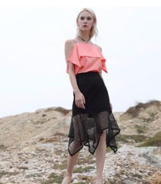 海边度假的最佳时尚单品 丹菲诗女装呈现另一番景色