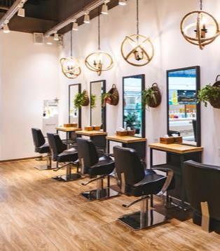 曼都发型自然与温馨:美发馆里传递出的生活美学