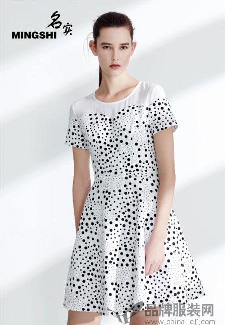 一件衣服能改变女人年老的心态吗?