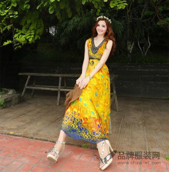 司合伊女装不同的款式  演绎出不同feel