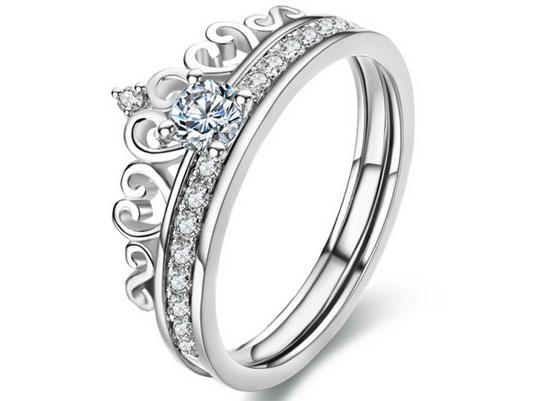 新娘该如何挑选适合属于自己的钻戒?
