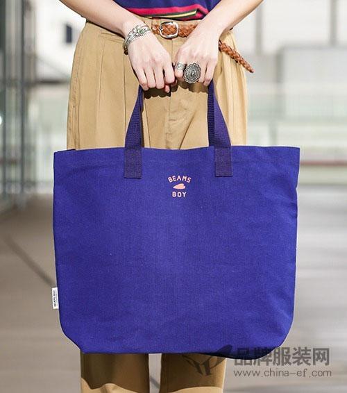 BEAMS联名系列已经完成 在日本全国各店铺均可选购哦