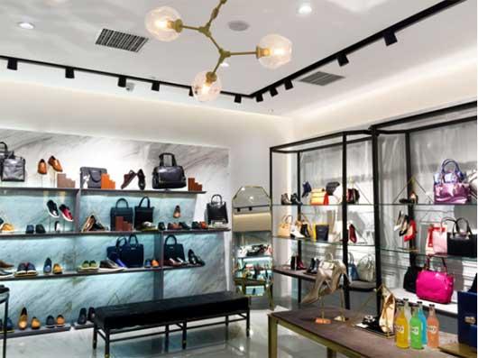 丹比奴快时尚鞋包品牌 每一步都是夏日的焦点