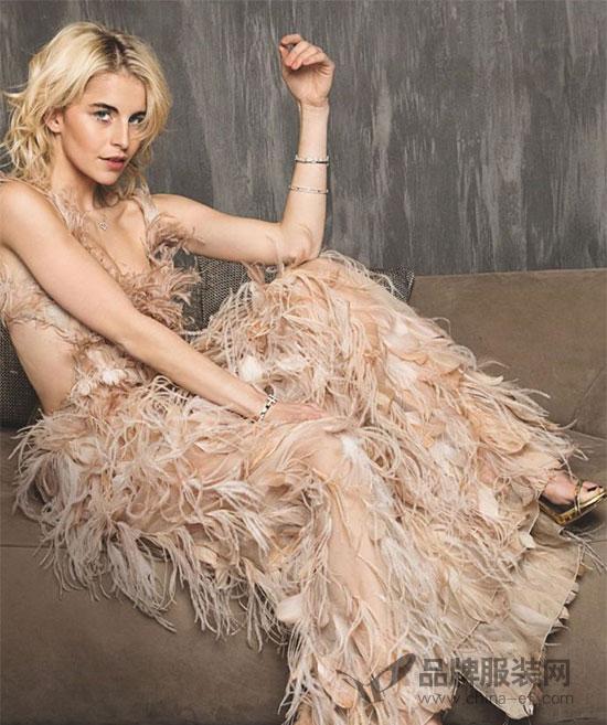 意大利时尚品牌Alberta Ferretti阿尔伯特・菲尔蒂连登杂志