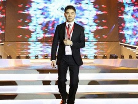 刘强东:技术是目前电商最重要的战场之一