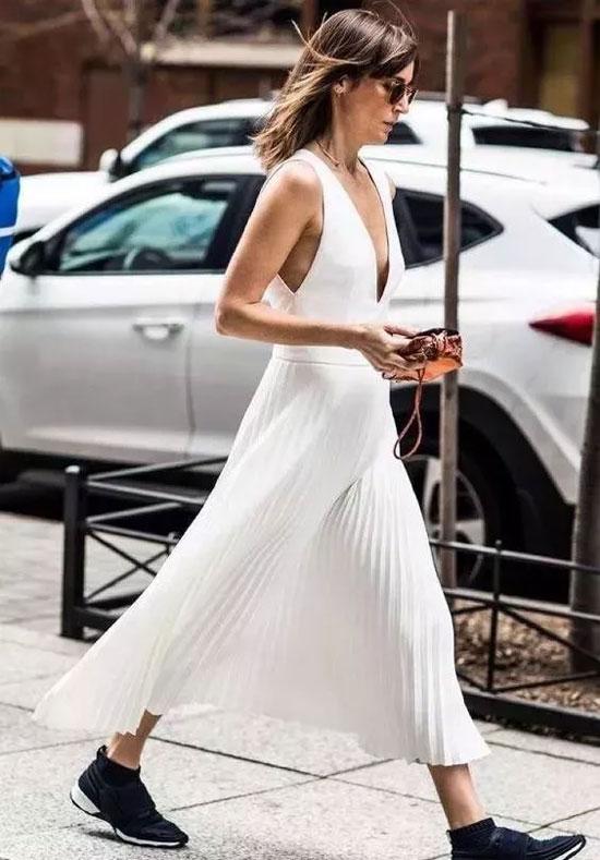 穿衣化繁为简 才有丰富从容的美