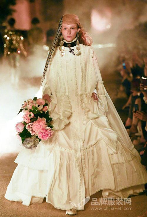 分析指Gucci可能成最大的奢侈品牌  只是时间问题