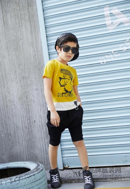 """""""叽叽哇哇""""装扮让孩子拥有独特品味 成为最潮流的时尚达人"""