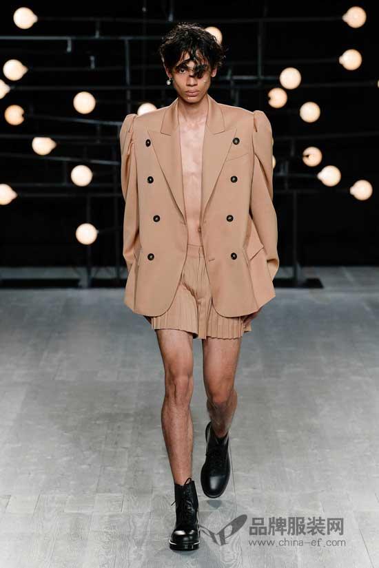 Blindness首现伦敦男装周 中性设计真的是给男人穿的吗?
