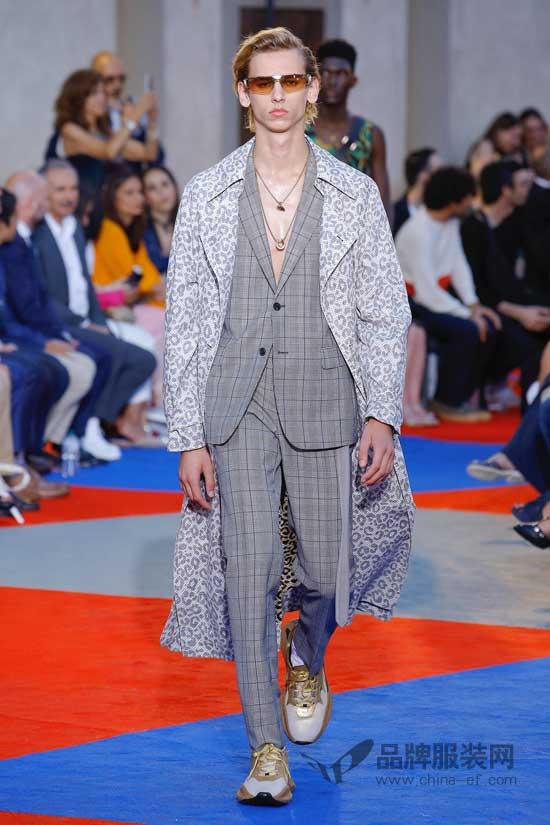 """时尚圈最""""野""""Roberto Cavalli 新创意现2018伦敦男装周"""