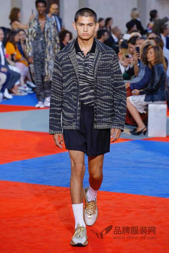 "Roberto Cavalli时尚圈最""野""的品牌 新创意再现2018伦敦男装周"