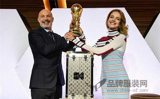 2018年世界杯大使  俄罗斯超模:娜塔莉亚-沃迪亚诺娃