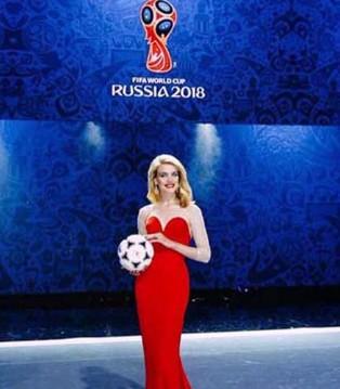 俄罗斯超模娜塔莉亚・沃佳诺娃  坚定自己选择的超能灰姑娘
