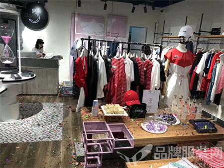 热烈祝贺5secs五秒服饰强势进驻西安・汉神购物广场!!!