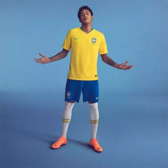 世界杯看球穿什么?来圣得西pick一件世界杯战服 !