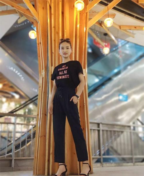 WEGOECAI文果怡彩 轻柔舒适的T恤、针织杉 穿出简约高级美!