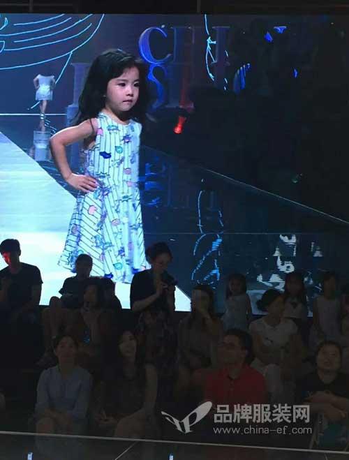 回顾:小猪班纳亮相中国UGT国际儿童时装周!