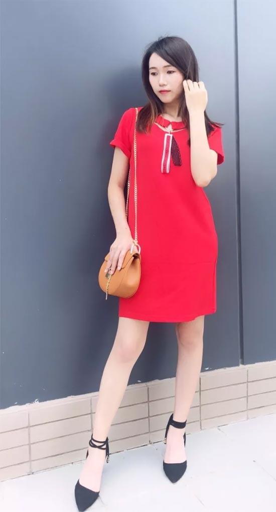 Diface丹菲诗女装:夏日穿红色才最凉快!