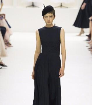 Christian Dior2018秋冬高定时装简洁优雅