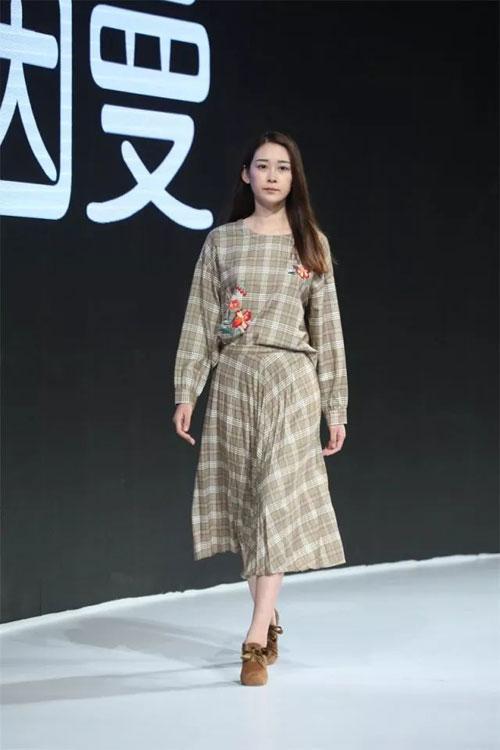 2018时尚深圳展 今年夏天错过什么也不能错过这几场秀