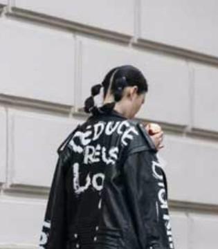 时尚缪斯:7月柏林时装周场外街头达人比场内还精彩