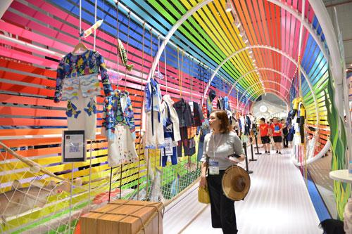 时尚童装助力千亿童装市场上海时尚童装展拉开帷幕