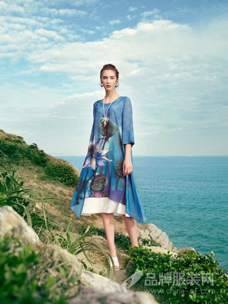 秀蓓儿:追求民族女装的时尚和经典 加盟创业要永不满足