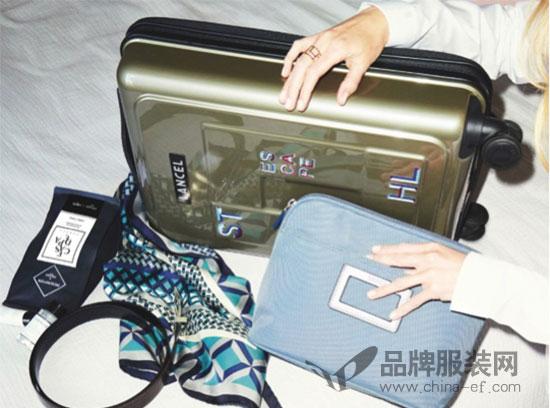 LANCEL兰姿全新包包已上架 用亮丽的颜色开启清凉一夏