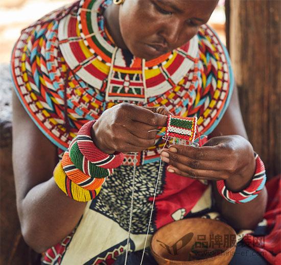 LOEWE罗意威推出小象手袋 旨在拯救保护大象