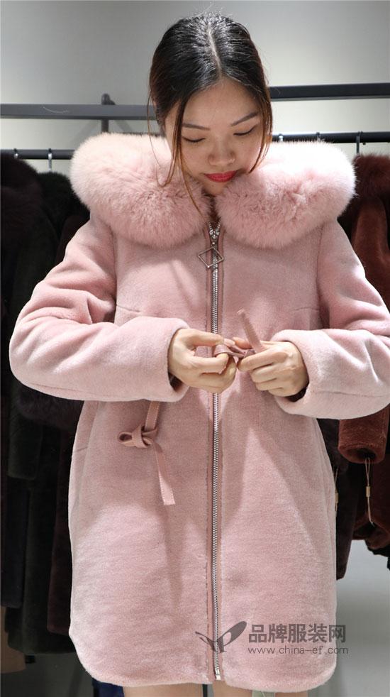 寒冷冬季有百搭的季歌女装 穿搭再也不用费劲了~