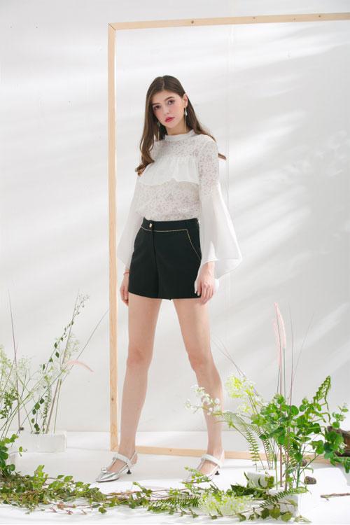 短裤这么搭又瘦又显高 莎斯莱思女装让这个夏天元气满满!