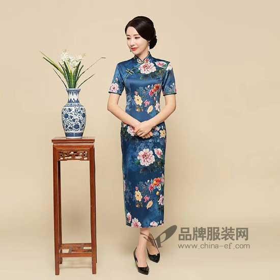 夏天穿件魅力旗袍 让你的姣好地身材都自信展现出来
