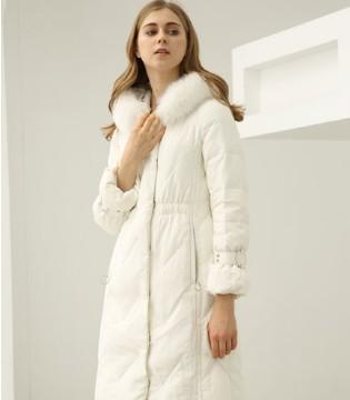 欧米媞把银装素裹的冬季情调新款送给你