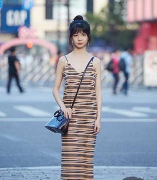 七夕千万别穿这样的裙子出街 容易被人眼神警告