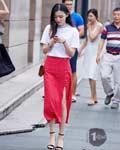 七夕甜蜜穿搭 这个情人节来点不一样的红色单品