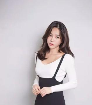 着秀品牌女装:让每个女性都能成为模特!