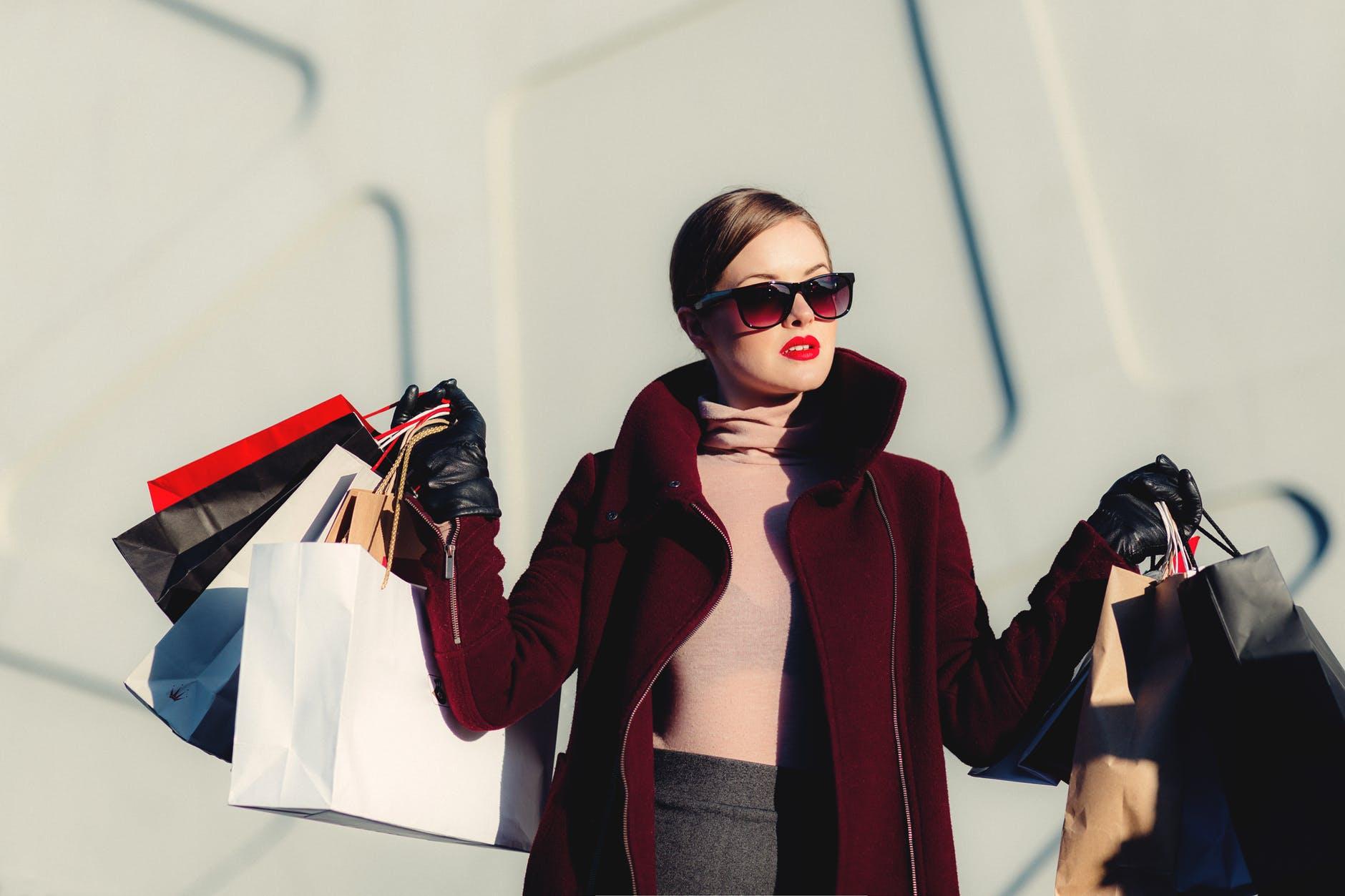 全球奢侈时尚品牌上半年财报汇总 你想了解哪个品牌