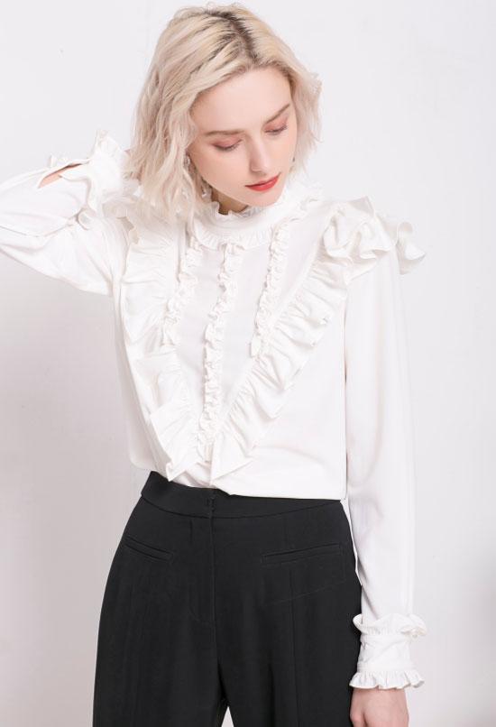 女生扮嫩全靠荷叶边 莎斯莱思女装成为新一轮流行趋势