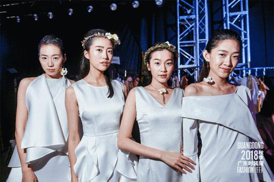 亚创国际新品发布会:时尚艺术与服装工艺融合的魅力绽放