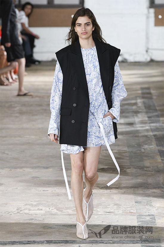 Tibi纽约时装周2019春夏大秀 简约利落男女皆宜