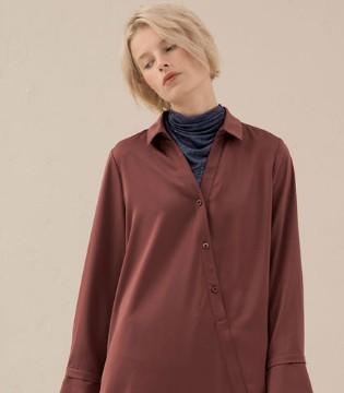 奕色打造全新品牌定位 以时尚的款式引领女装潮流