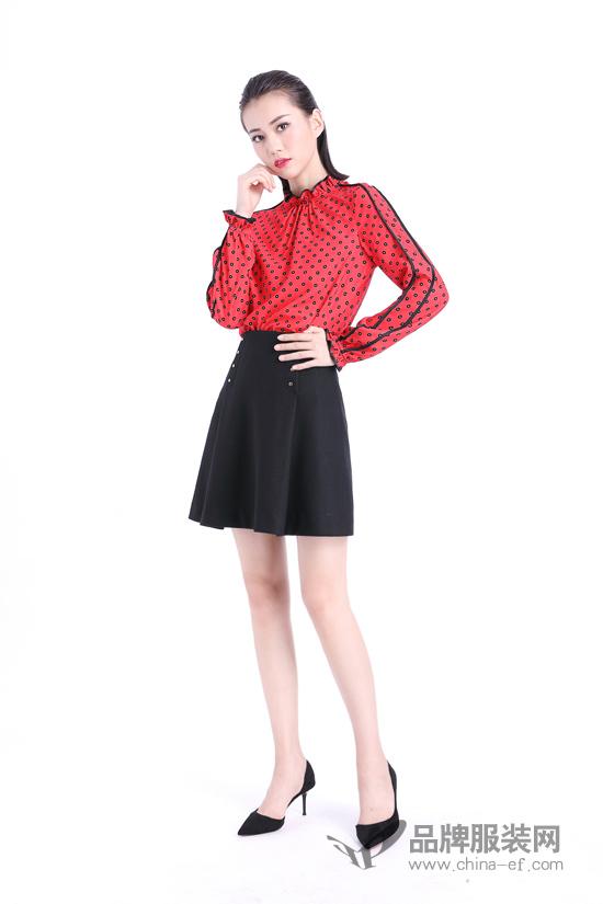 服装界每一年都流行的经典色 文果怡彩陪你玩出多种花样