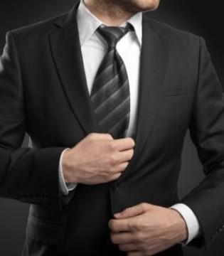 """西装护养小常识 让你的西装更""""长寿"""""""