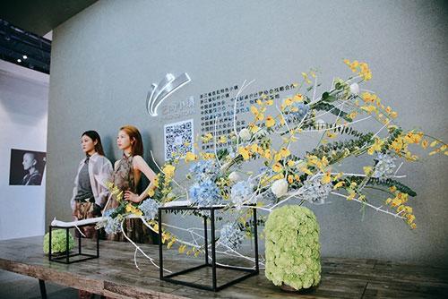 美术馆式布展特色小镇浓缩国际时尚