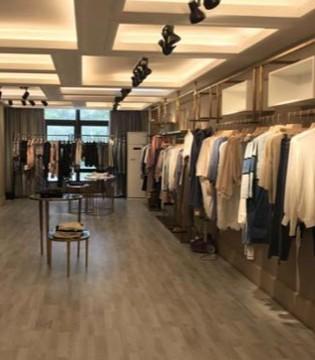 """从NSYC女装看传统服饰品牌""""快时尚""""模式布局"""
