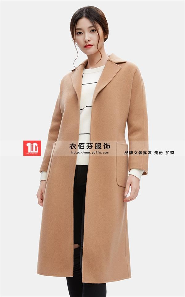 如果非说大衣有魅力 那一定是藏在衣佰芬了